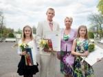 Evelin Ilves andis Kaur Kivistikule üle noore sportlase preemia